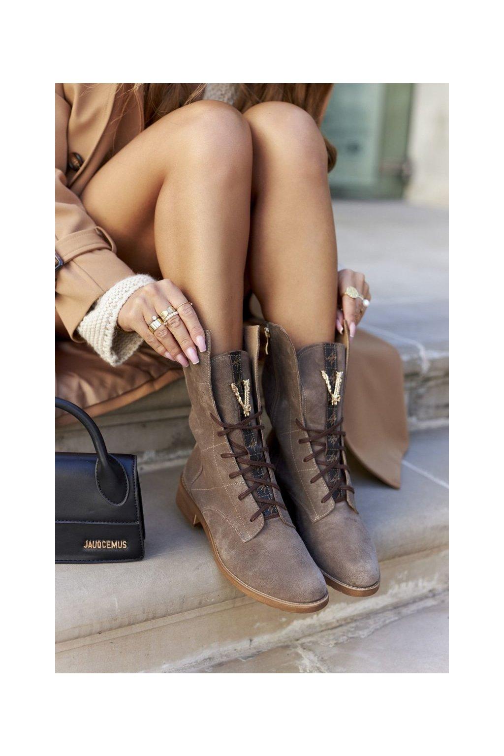 Členkové topánky na podpätku farba hnedá kód obuvi 2581/032 CAPP/W