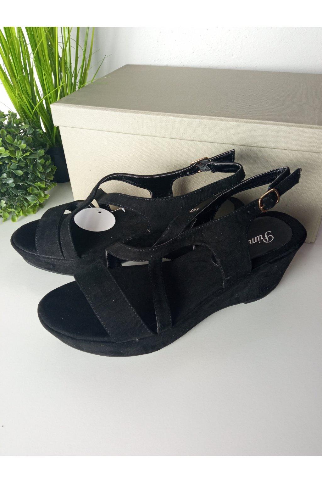 Čierne sandále NJSK 6-308B