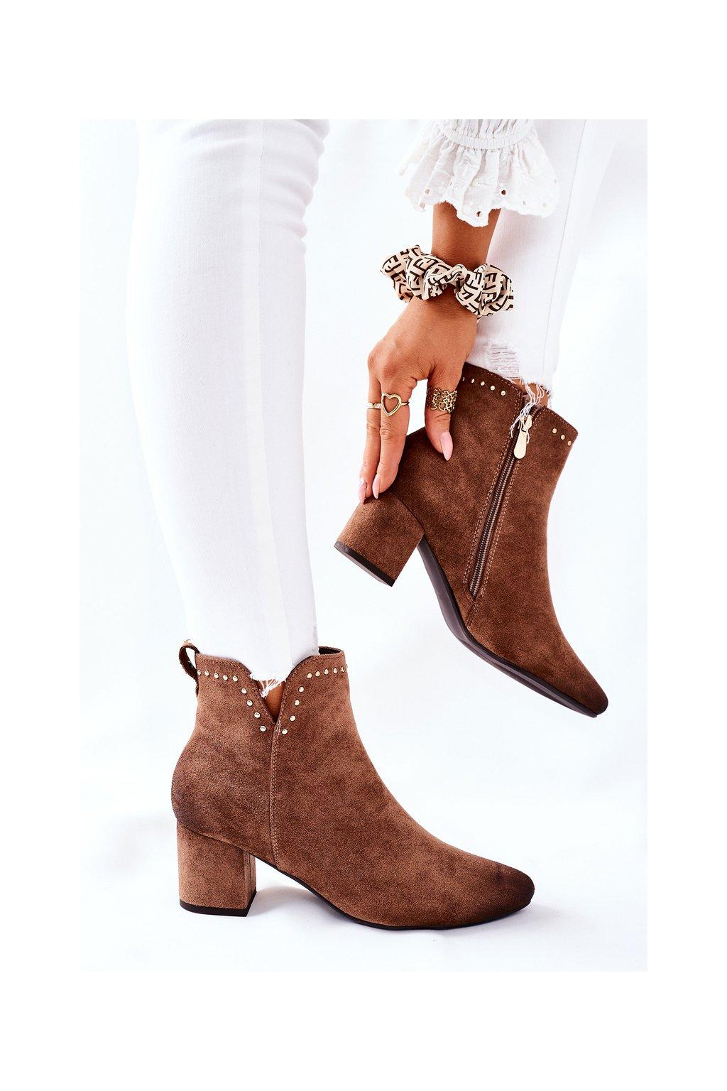 Členkové topánky na podpätku farba hnedá kód obuvi 22-10626 BEIGE
