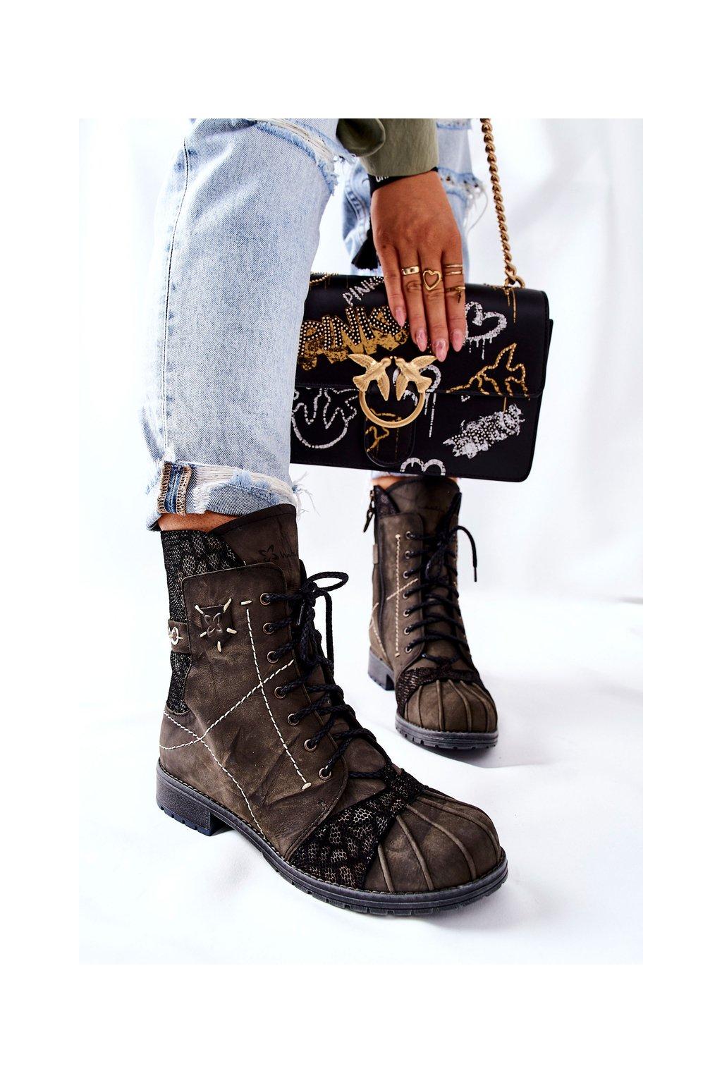 Členkové topánky na podpätku farba zelená kód obuvi 03961-24 OLIVE