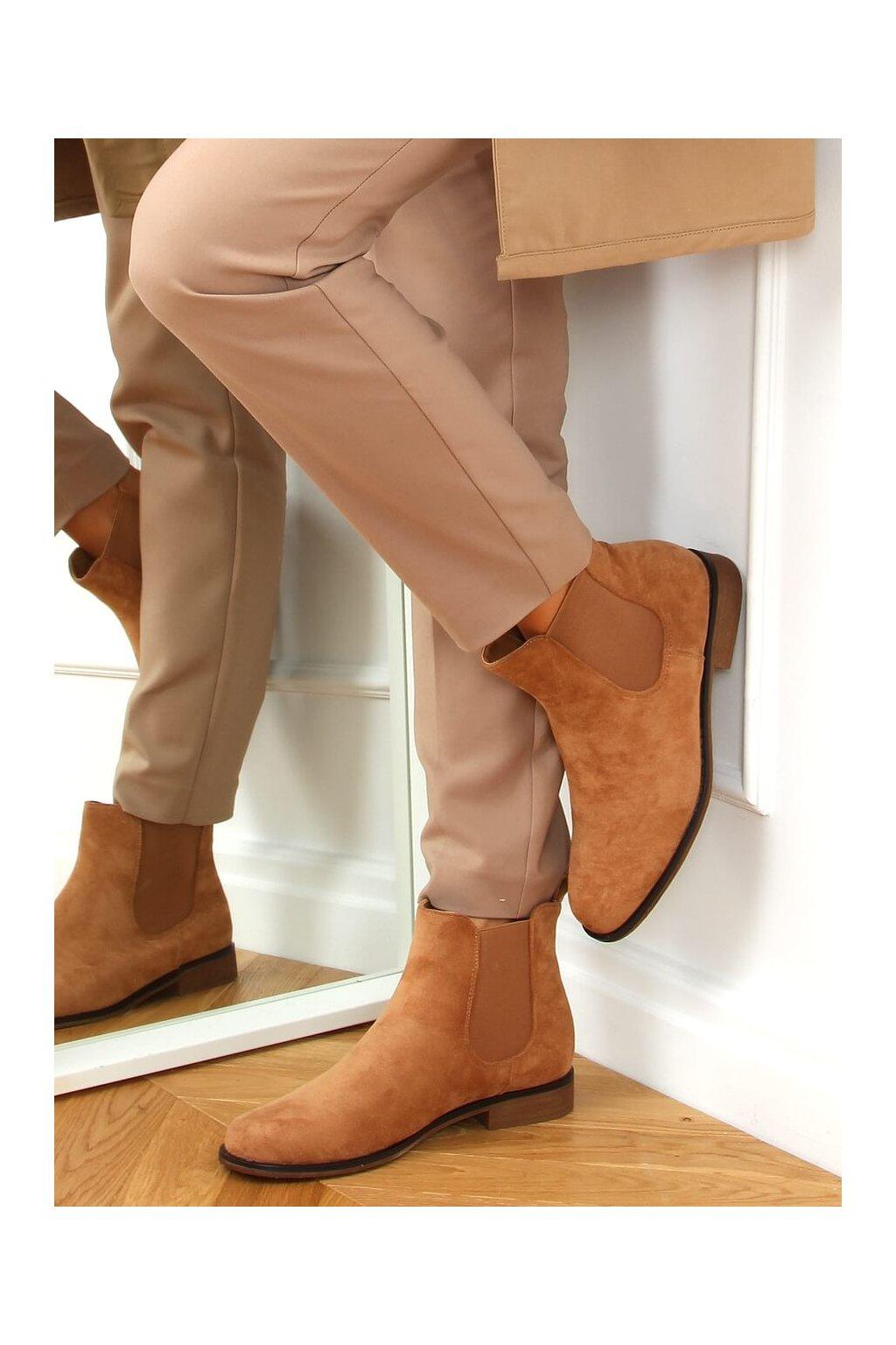 Dámske členkové topánky hnedé na plochom podpätku SP99