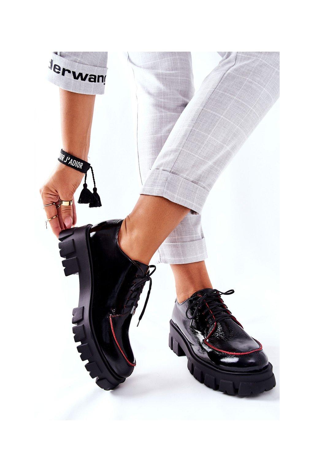 Dámske poltopánky farba čierna kód obuvi 5074A-01/00-1 BLK/RED