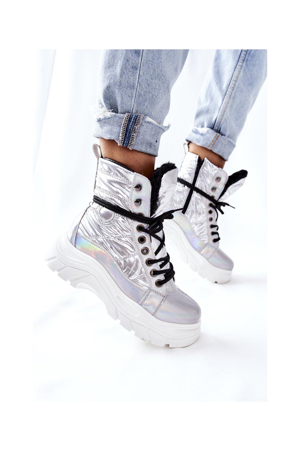 Členkové topánky na podpätku farba sivá kód obuvi 22-34520 SILVER