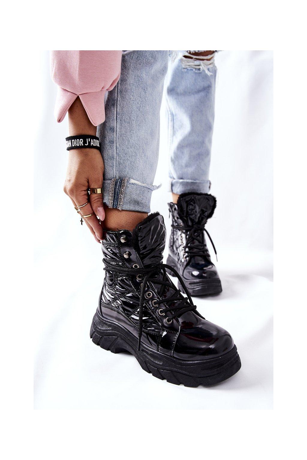 Členkové topánky na podpätku farba čierna kód obuvi 22-34520 BLK