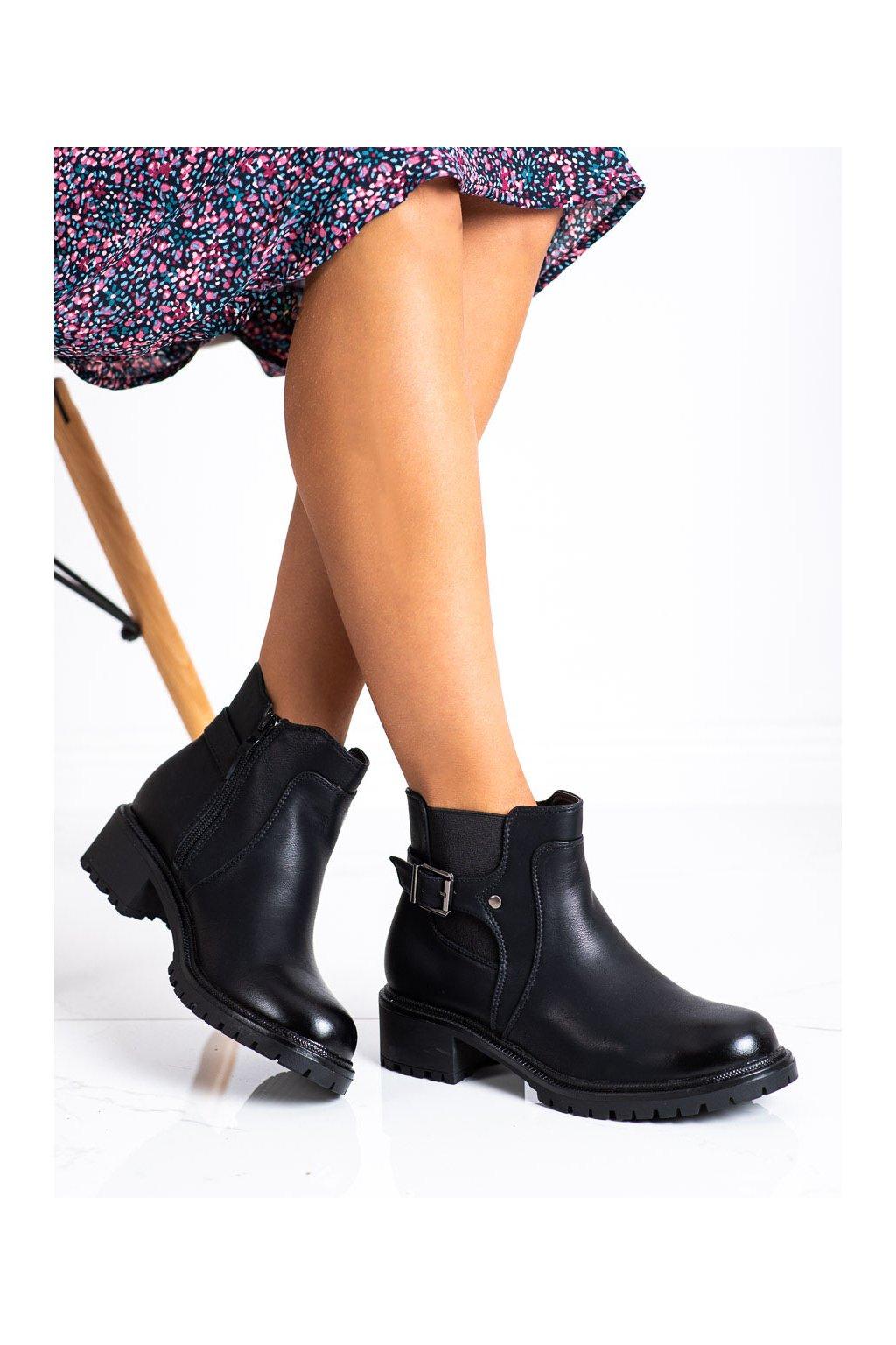 Čierne dámske topánky Renda kod 8998-18B