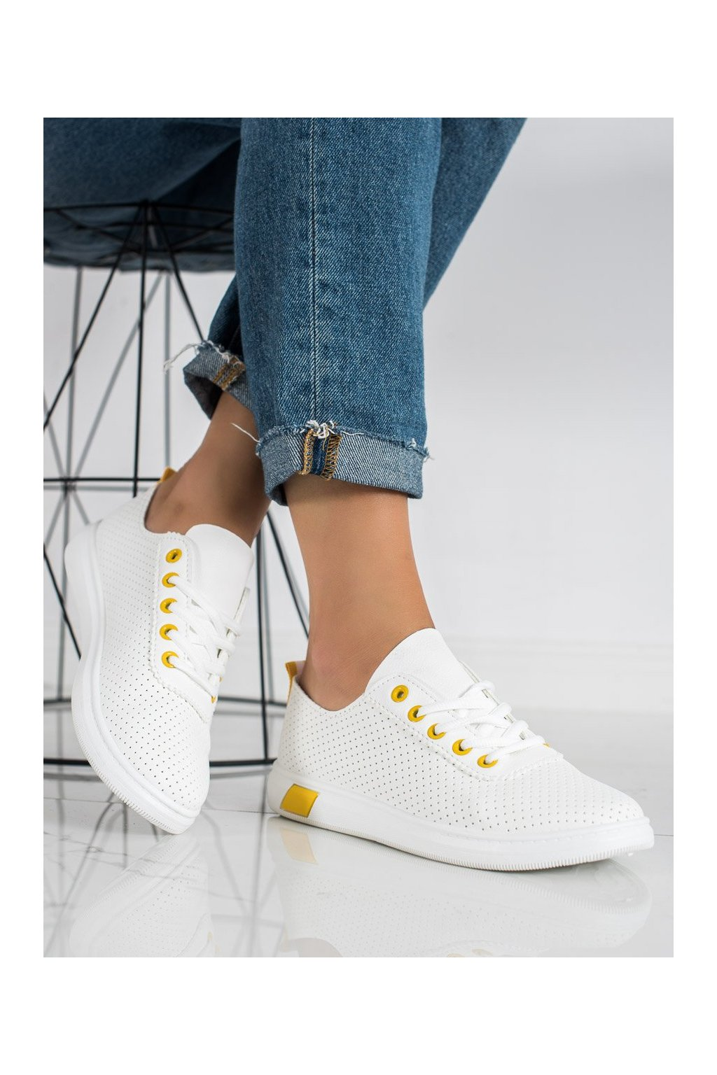 Biele dámske tenisky Trendi kod LA42Y