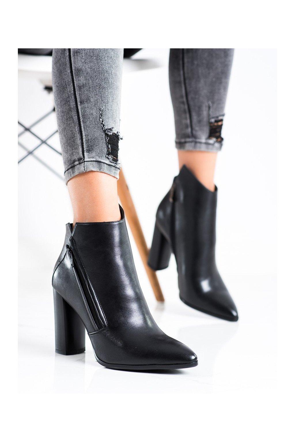 Čierne dámske topánky Filippo kod DBT3097/21B