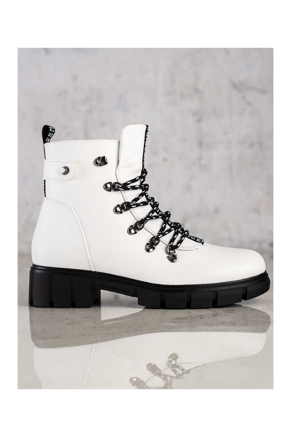 Biele dámske topánky Vinceza kod HX22-16284W