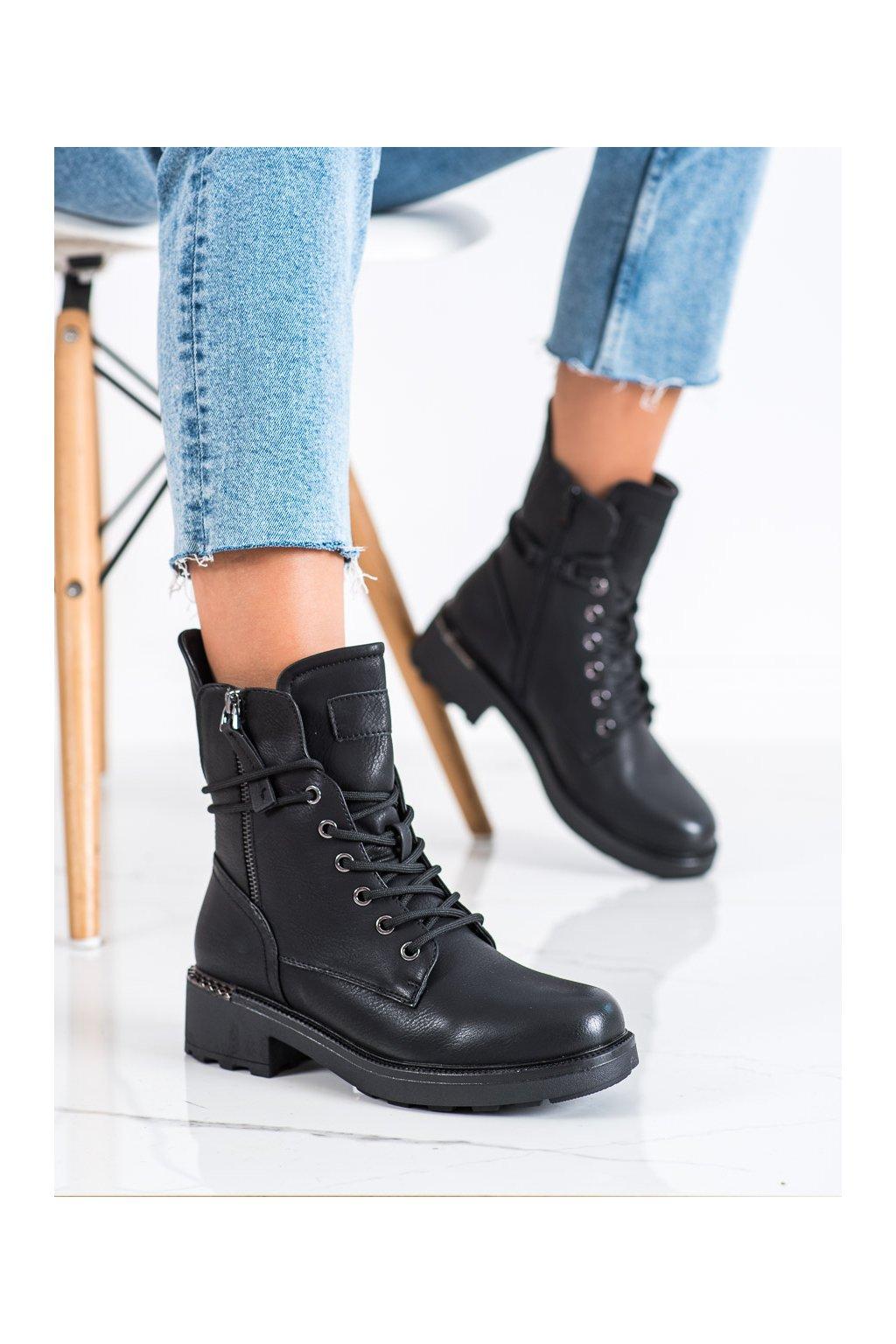 Čierne dámske topánky Evento kod 21BT35-4226B