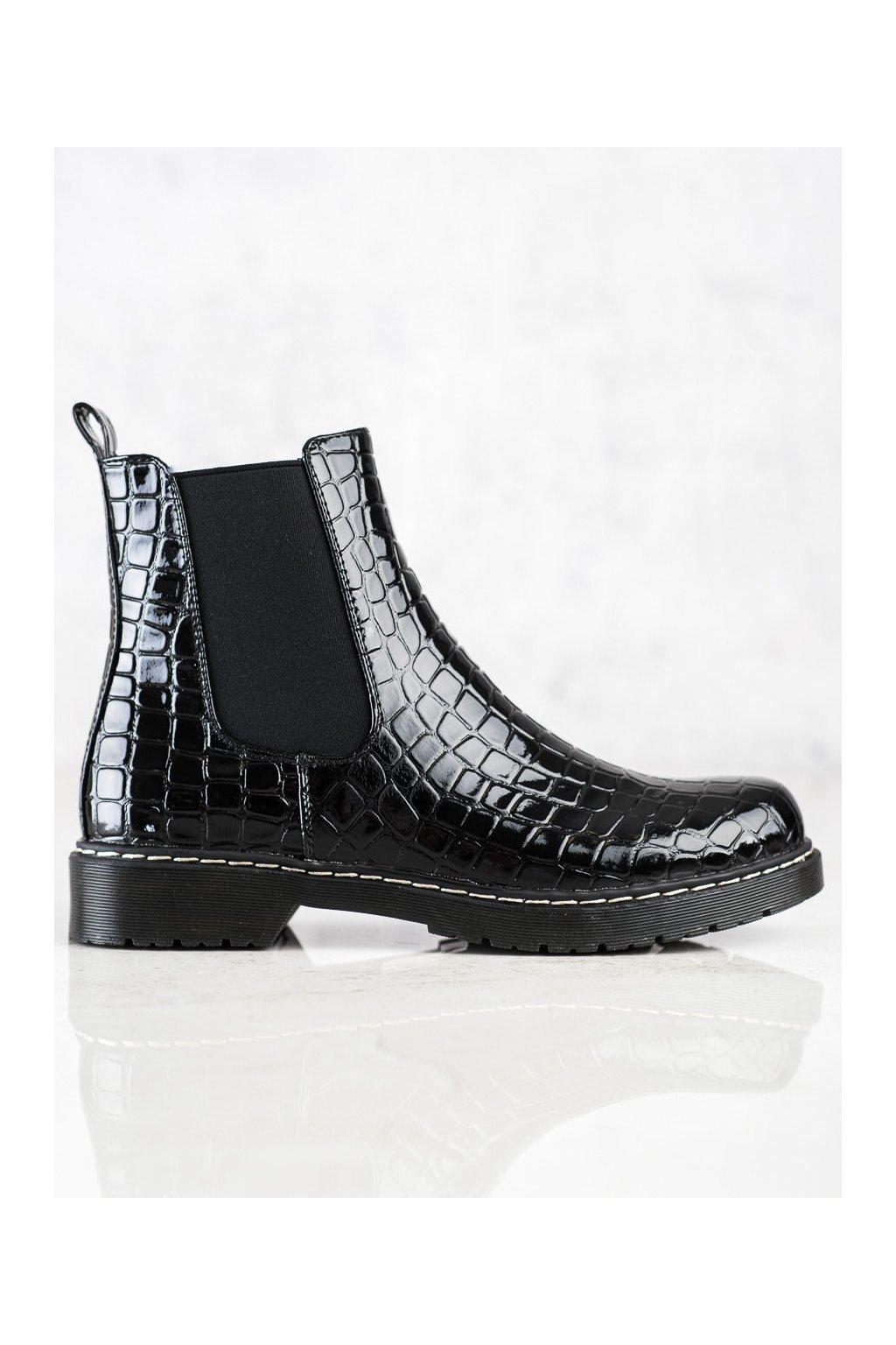 Čierne dámske topánky Filippo kod DBT3055B
