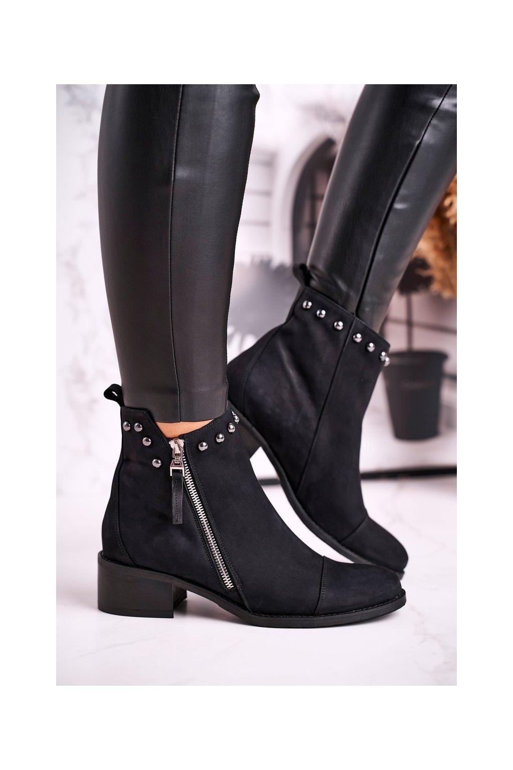 Členkové topánky na podpätku farba čierna NJSK 1879 BLK