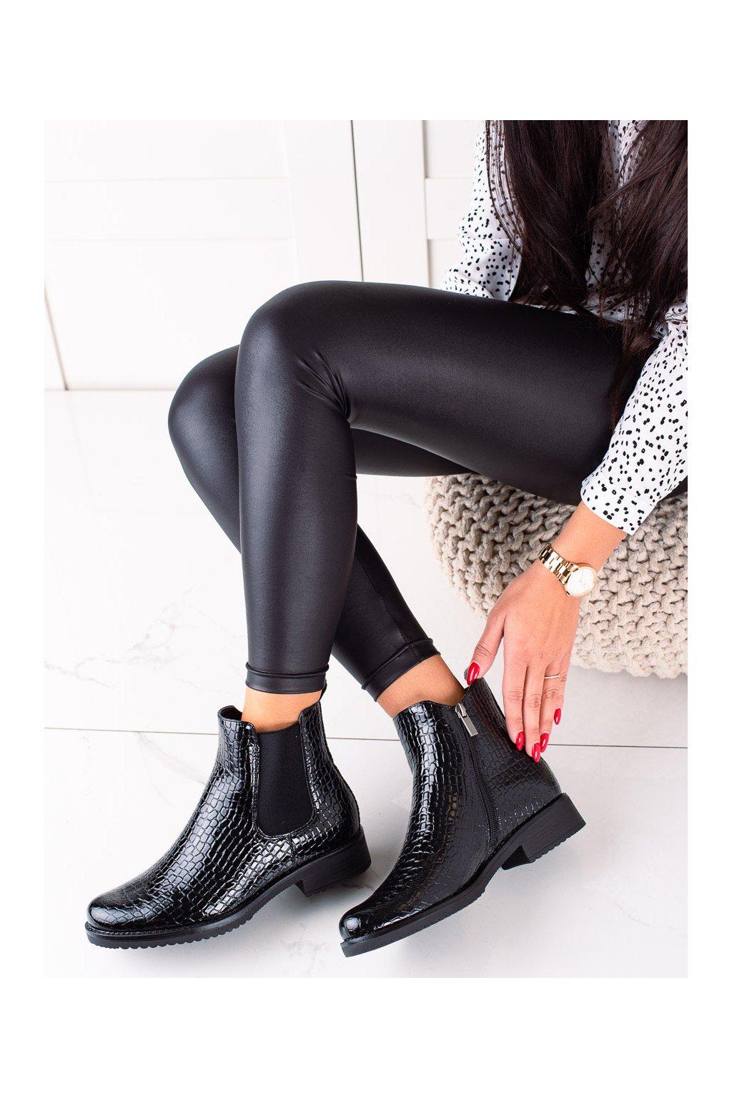Čierne dámske topánky Vinceza kod XY22-10666B