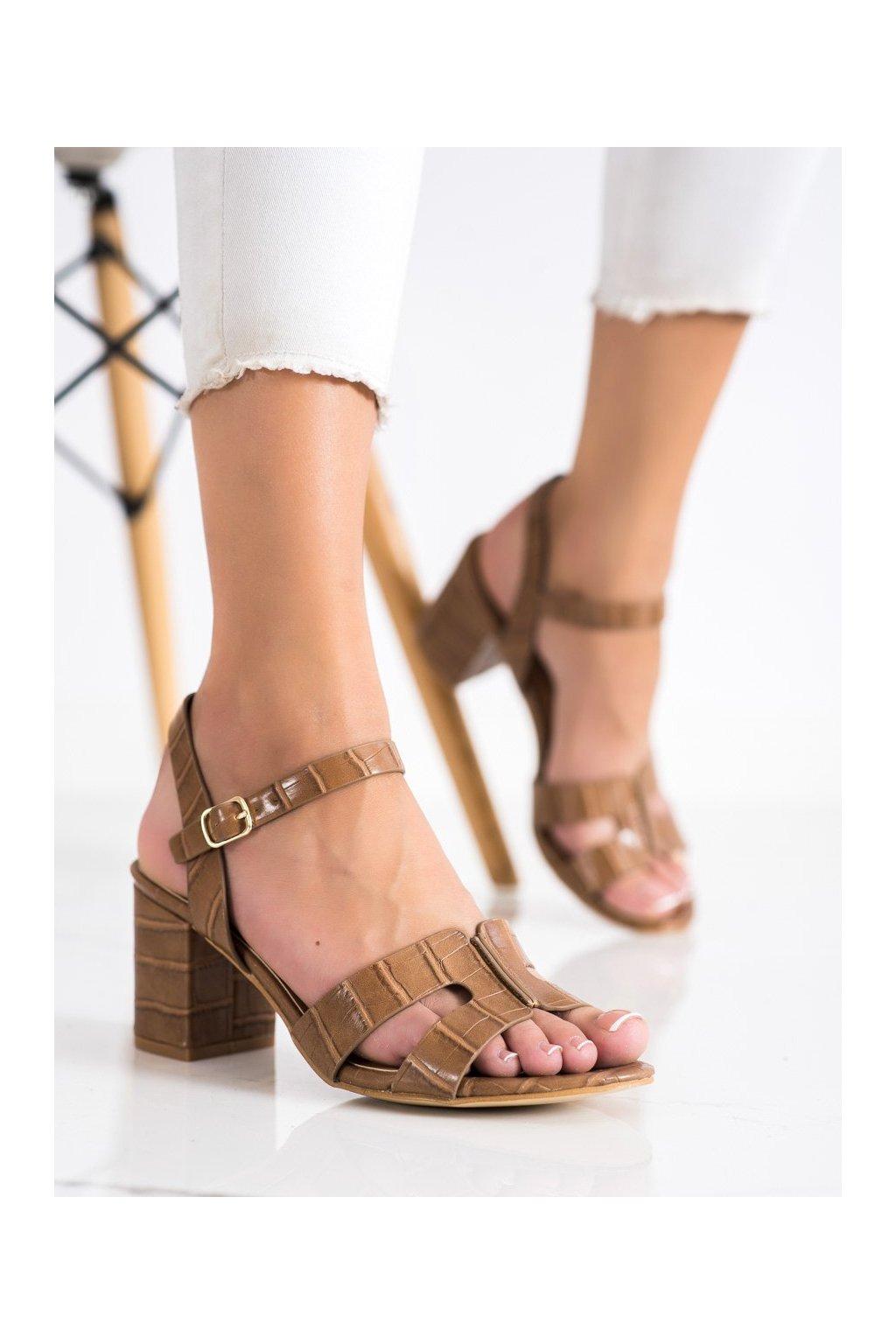 Hnedé dámske sandále Cm paris kod 11-06C