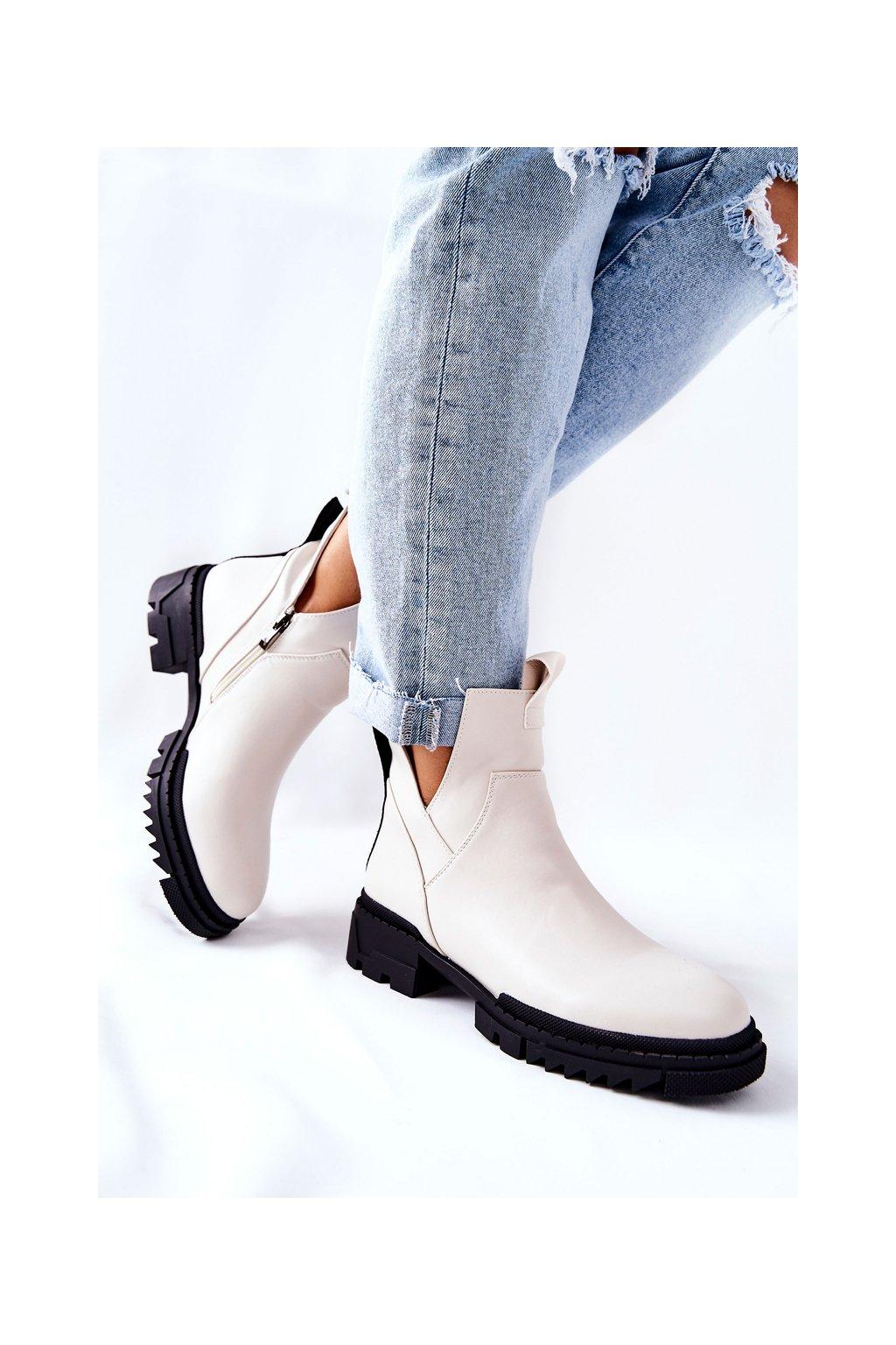 Členkové topánky na podpätku farba biela kód obuvi 21-18005 WHT