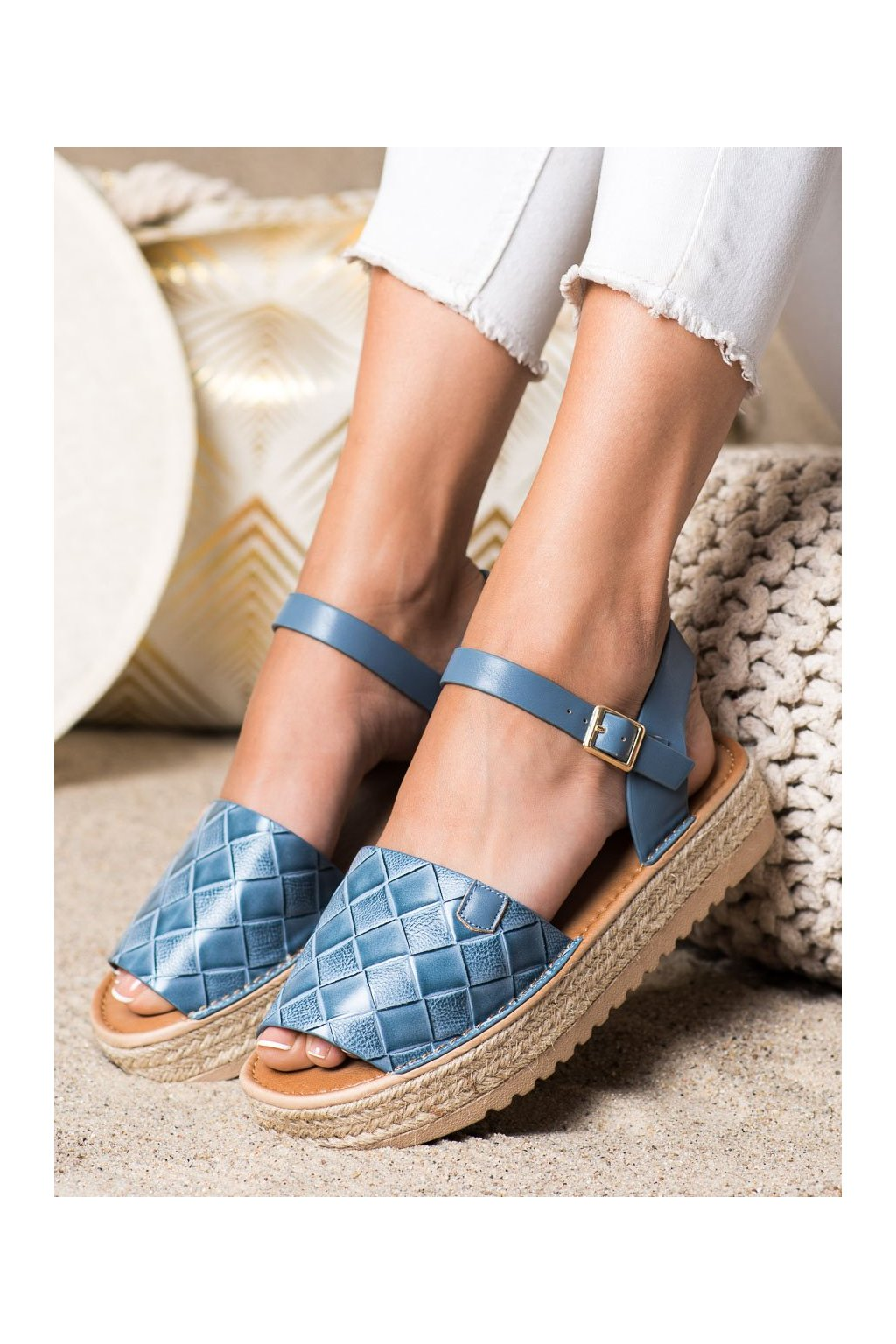 Fialové dámske sandále Trendi kod HM82023BL