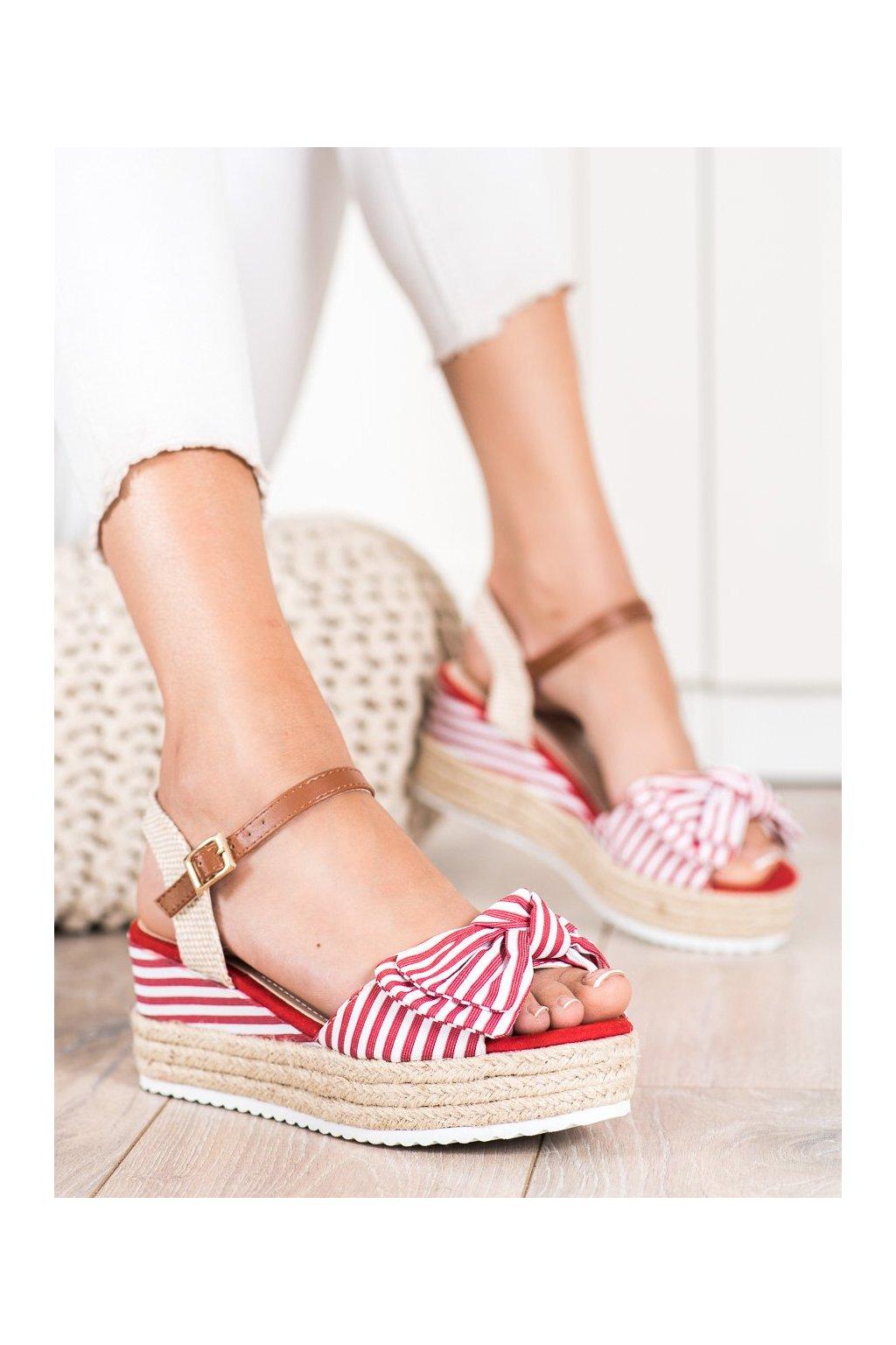 Červené dámske sandále Sweet shoes kod DZ8009R