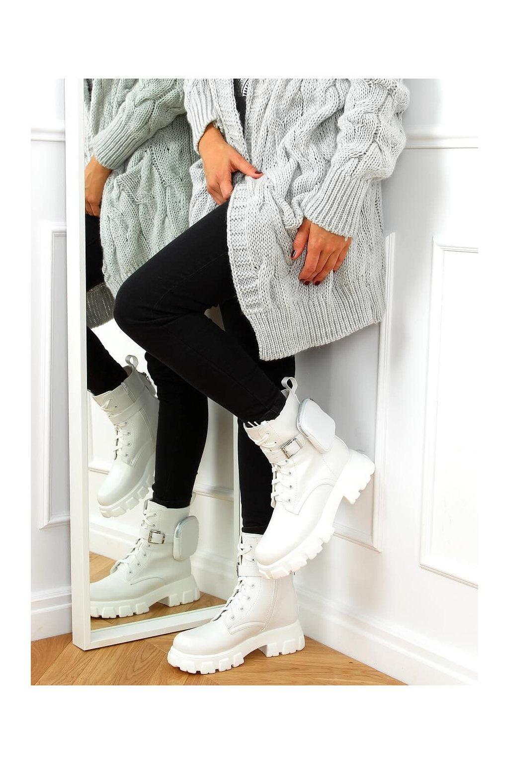 Dámske členkové topánky biele na plochom podpätku 7705