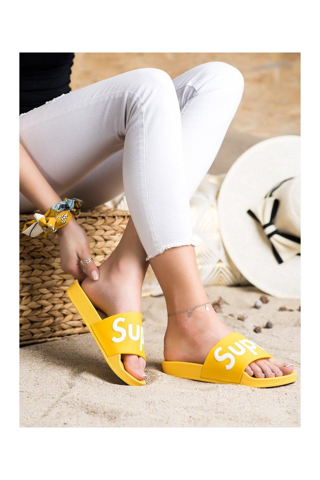 Žlté dámske šľapky Seastar kod CK110Y
