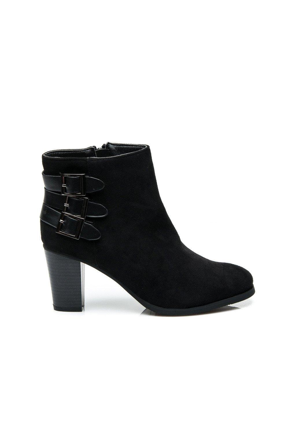 Dámske semišové topánky veľ.č. 40 (Veľkosť UK7 / EUR 40)