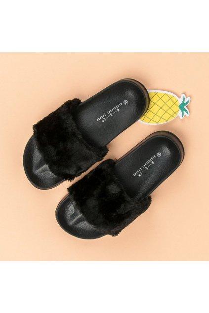 Čierne šľapky s kožušinkou KLF02B