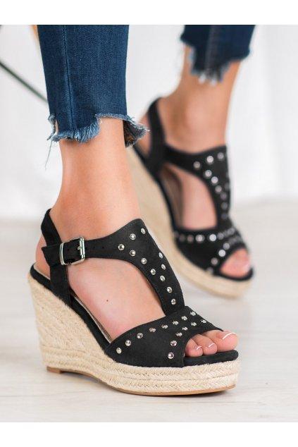 Čierne sandále na platforme Kylie kod K1952001NE