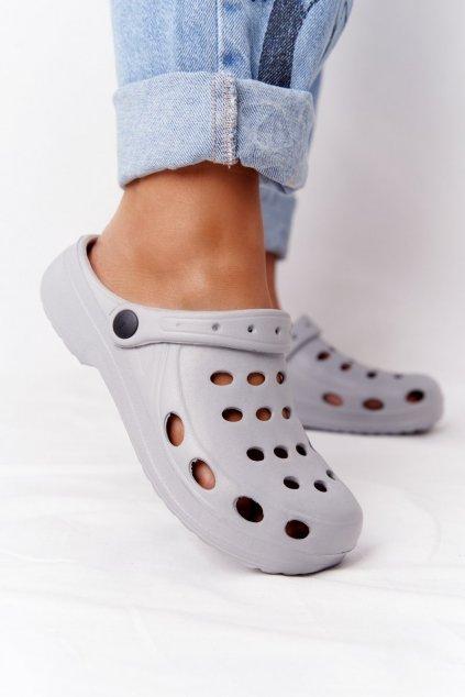 Dámske šľapky sivé Penové Crocsy EVA