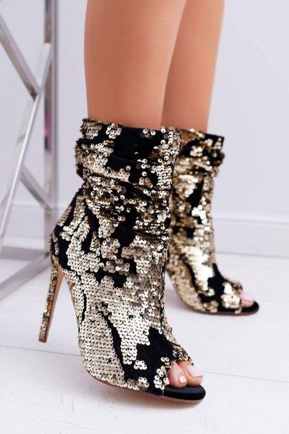 Členkové topánky na podpätku farba čierna kód obuvi A17 GOLD