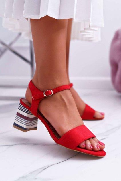 Dámske sandále na podpätku farba červená kód obuvi LN19-4546 RED