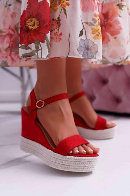 Dámske sandále Na Klínku Červené Liviana