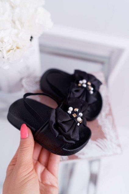 Detské šľapky farba čierna kód obuvi 295-A BLACK
