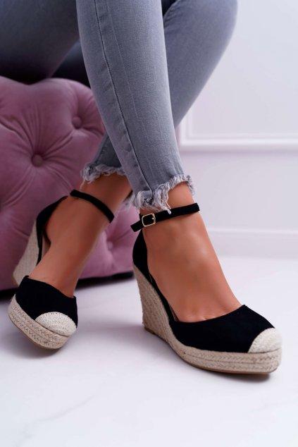 Dámske Sandále na kline čierne Tammaris