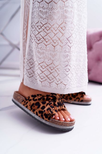 Dámske korkové šľapky s mašľou a zirkony Leopard Wendy