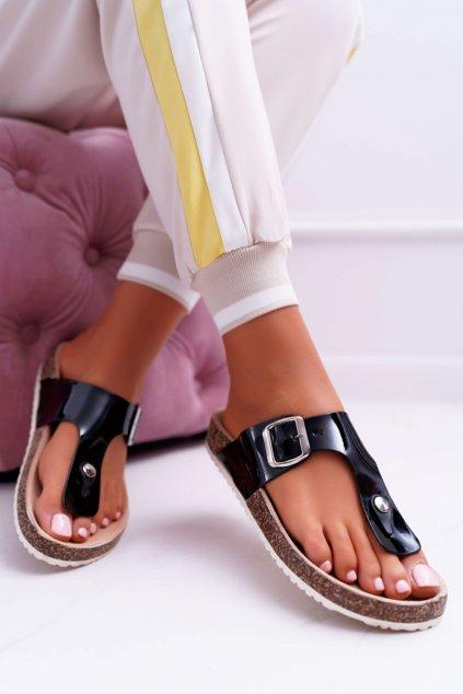 Dámske šľapky farba čierna kód obuvi DD96 BLK