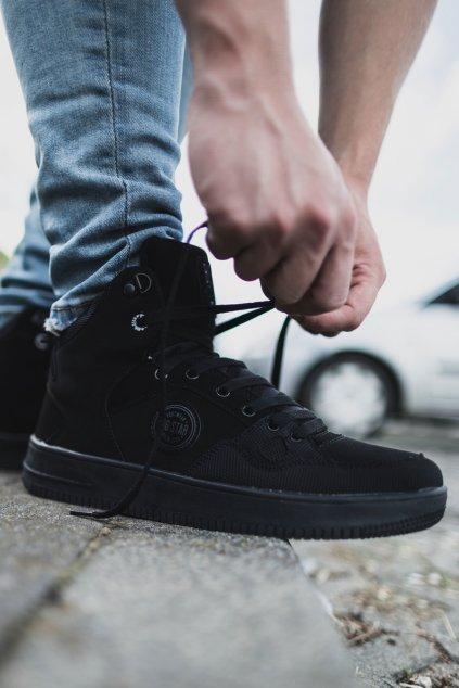 Čierna obuv kód topánok EE174433 BLK