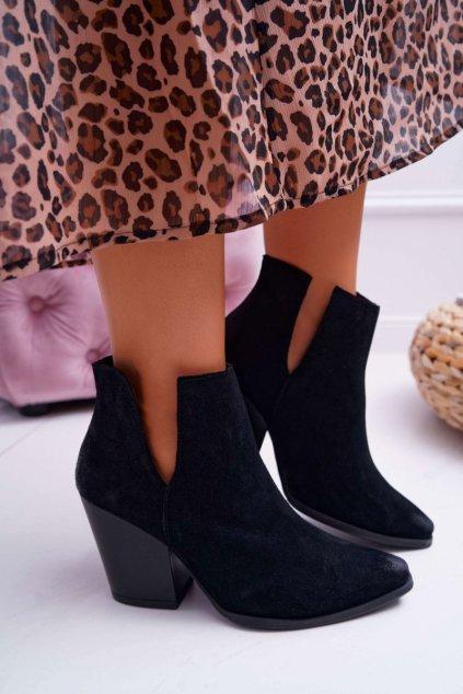 Dámske členkové topánky na podpätku semišové čierne Nicole 2430