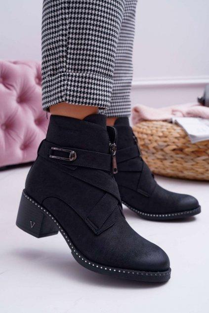 Členkové topánky na podpätku farba čierna kód obuvi 20-16121 BLK