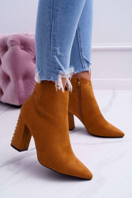 Členkové topánky na podpätku farba hnedá kód obuvi RB23P CAMEL