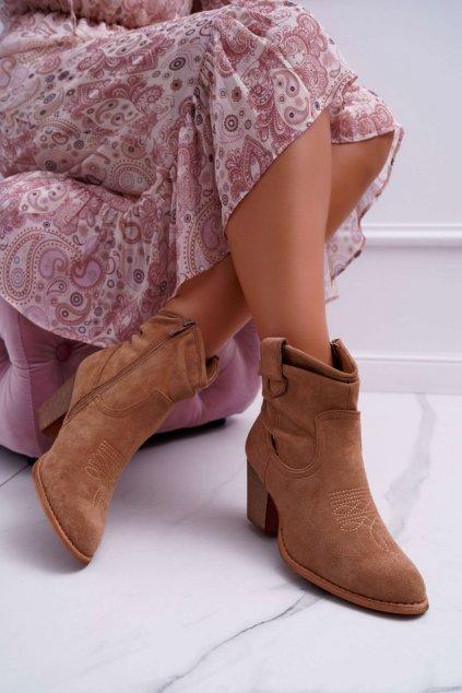 Členkové topánky na podpätku farba hnedá kód obuvi SA-3339 BEIGE
