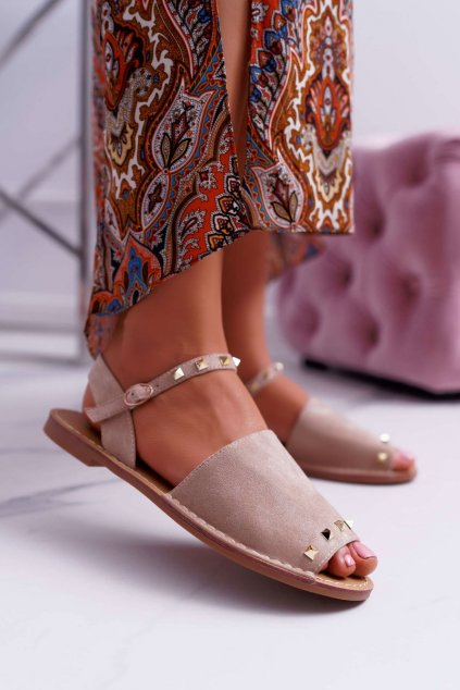 Dámske sandále s plochou podrážkou farba hnedá kód obuvi 108-B15 BEIGE