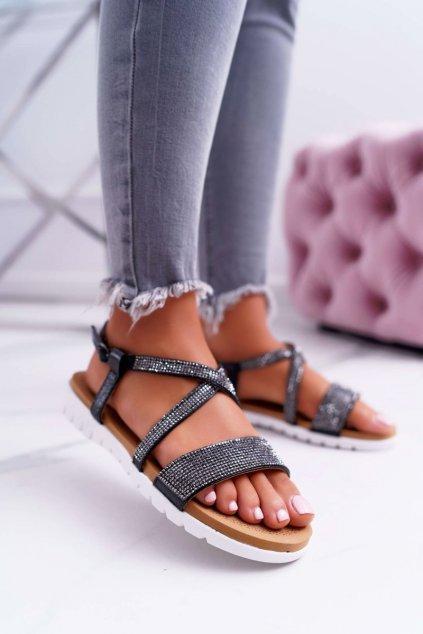 Dámske sandále s plochou podrážkou na platforme farba čierna kód obuvi 406-5 BLK