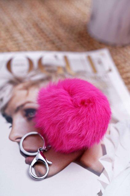 Prívesok na kľúče sýto ružovej farby