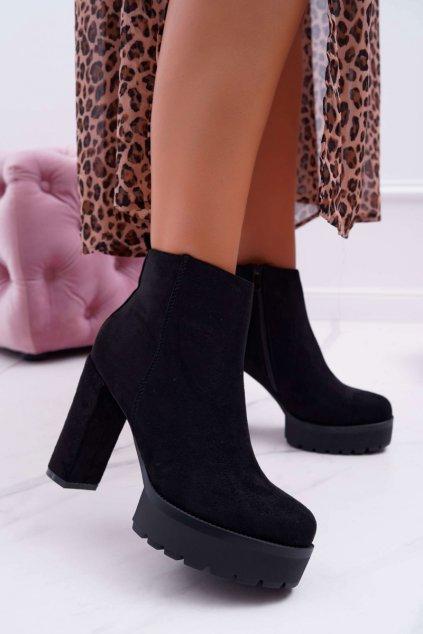 Členkové topánky na podpätku farba čierna kód obuvi RB24 BLK