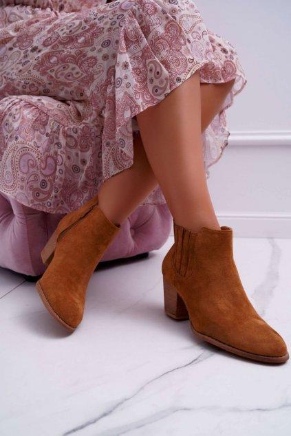 Členkové topánky na podpätku farba hnedá kód obuvi SA-3338 CAMEL