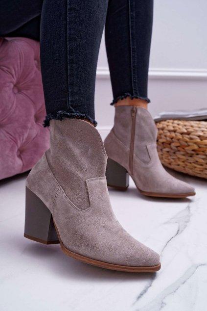 Členkové topánky na podpätku farba hnedá kód obuvi 2433 CAPP/WJ