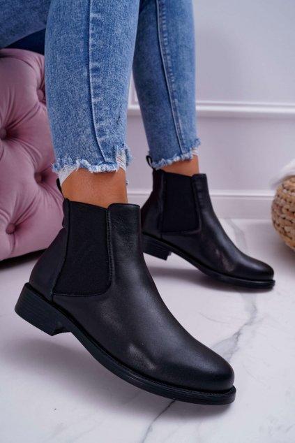 Dámske členkové topánky Pérka nízký podpätok čierna Barski W1901