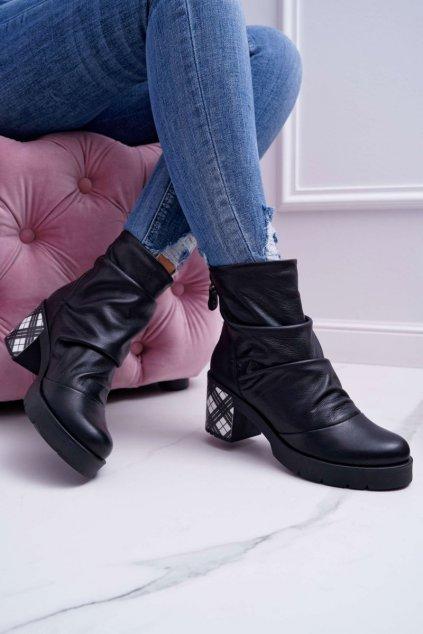 Členkové topánky na podpätku farba čierna kód obuvi 04216-01/00-3 BLACK
