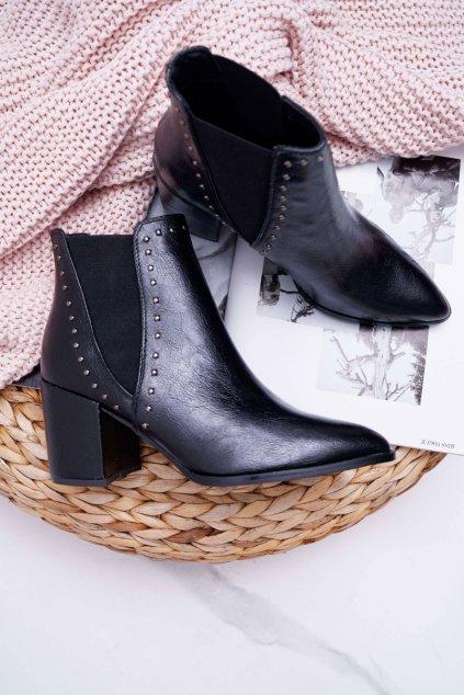 Dámske členkové topánky na podpätku čierne Trini