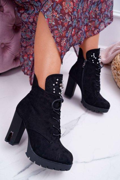 Členkové topánky na podpätku farba čierna kód obuvi 9BT35-1320 BLK