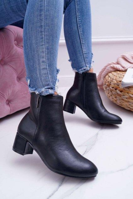 Členkové topánky na podpätku farba čierna kód obuvi 7BT35-0048 BLK PU