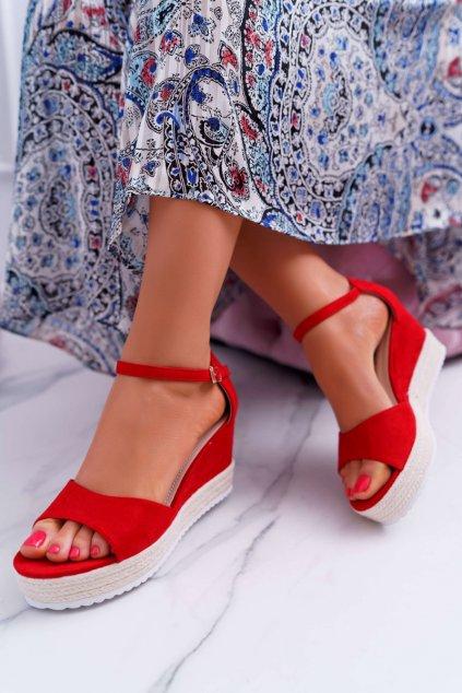 Dámske sandále na klíne semišové červené Delima GG-59P RED
